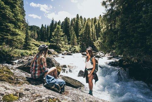 Wandern und die Bergwelt genießen | © Zillertal Arena